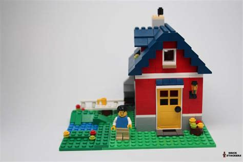 how to make a lego house lego creator 31009 small cottage review brick stackers