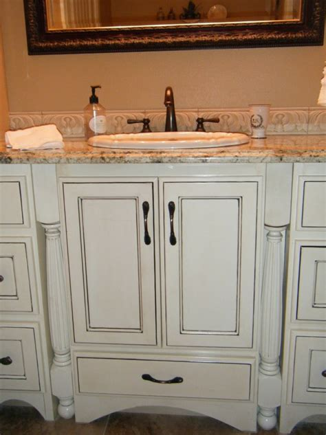 kitchen cabinets with black glaze kitchen color schemes