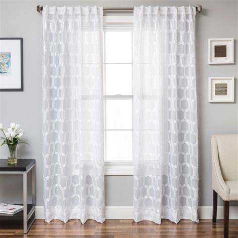 old fashioned lace curtains 100 curtain old fashioned lace curtains curtains vintage