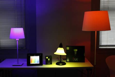 Phillips Hue Light by Phillips Hue Wireless Lightbulbs Exclusive To Apple Store