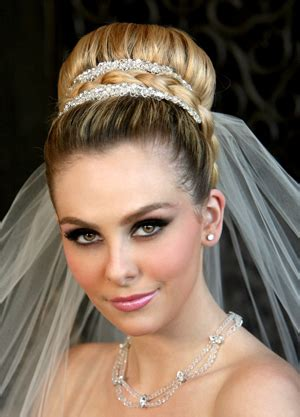 Wedding Hairstyles With Veil And High Bun by 301 Moved Permanently