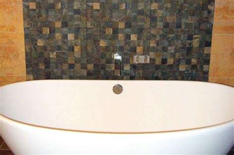 textured backsplash anchors  freestanding tub builder