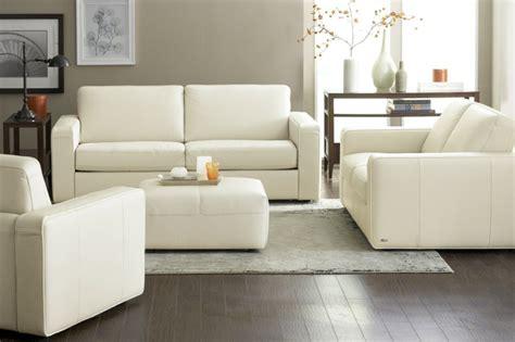 White Sofa Wohnzimmer Dekorieren Ideen by Wei 223 E Wohnzimmerm 246 Bel Ein Stilvolles Wohnzimmer Gestalten