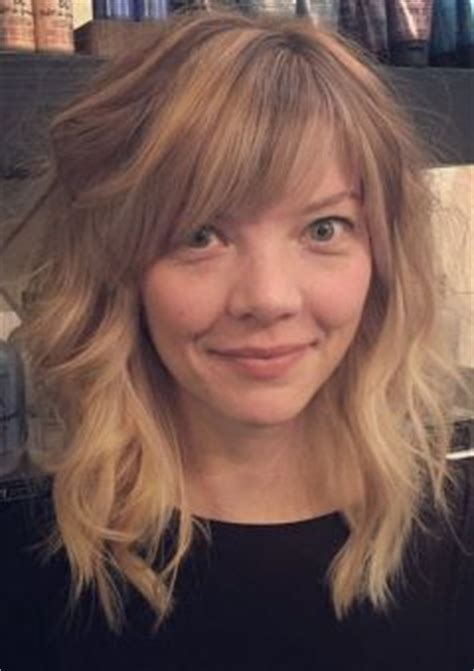 Hairstyles 2017 Wavy With Side Bangs by Hairstyles And Haircuts With Bangs In 2018
