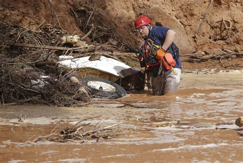 Utah Search Utah Flash Flood Kills 12 Search On For 1 Missing Officials Nbc News