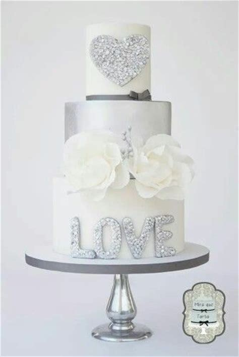 Silver Wedding Cake by 1000 Ideas About Silver Wedding Cakes On