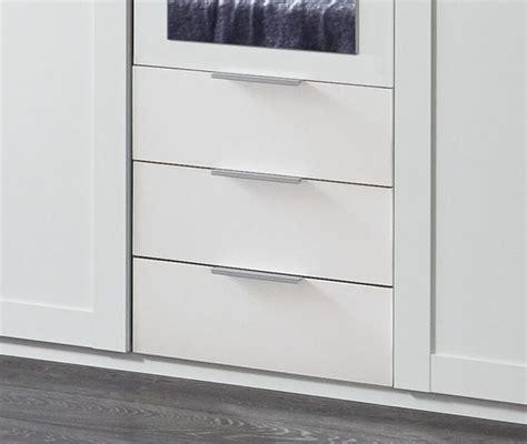 kleiderschrank mit schubladen und spiegel 3 t 252 riger kleiderschrank wei 223 mit schubladen und spiegel