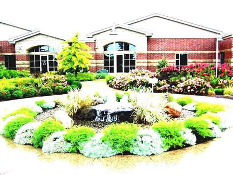 Simple Front Yard Landscaping Ideas Pictures Amys by Gallery Of Simple Front Yard Landscaping Ideas