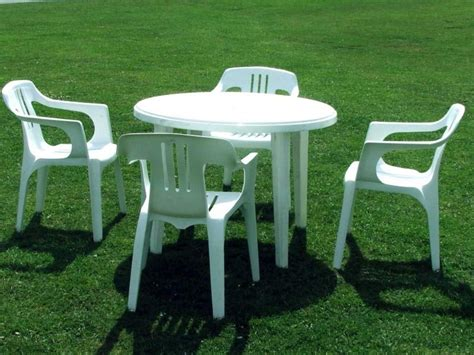 Plastic Patio Table And Chairs Plastic Patio Table And Chairs Chairs Seating