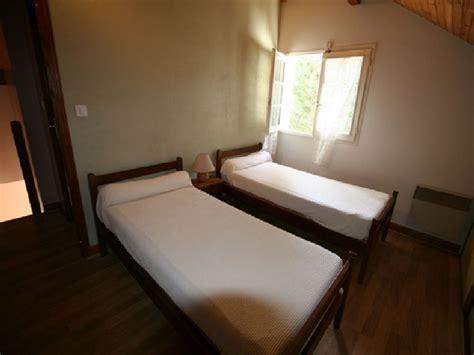 chambre deux lits madame isabelle lhomme mendive les pyren 233 es