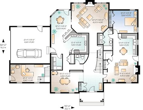 house plans with guest suite