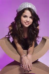 Published may 13 2010 at 3744 215 5616 in selena gomez richard