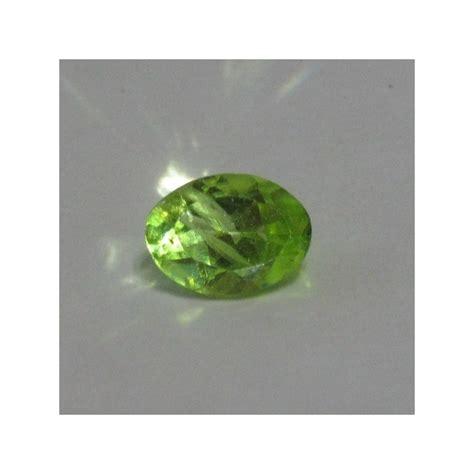 Batu Mulia Peridot batu mulia peridot oval 0 8 carat