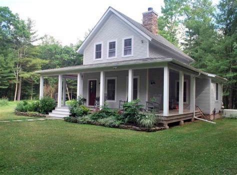 small farmhouse plans small cottage house plans farm style features