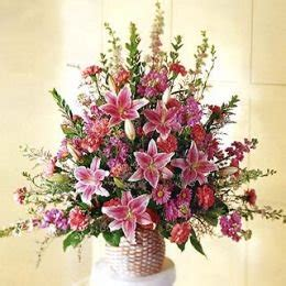 types of flower arrangement flower arranging instructions