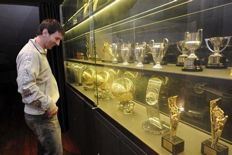 stutz football club ronaldo  messi