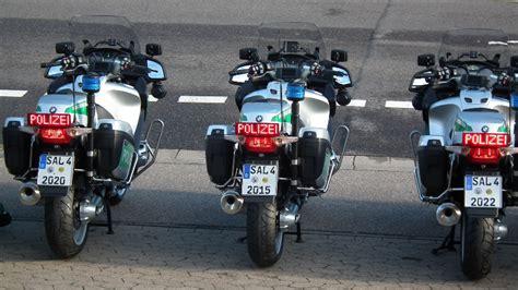 Motorrad Saarland by Zw 246 Lf Neue Motorr 228 Der F 252 R Die Polizei Blaulichtreport