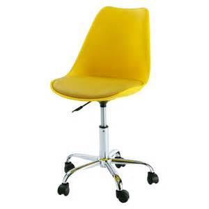 chaise de bureau 224 roulettes jaune bristol maisons du monde