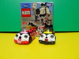 Tomica Mickey And Minnie Mouse Cubic Mouse Tap Set mickey mouse dextersdc