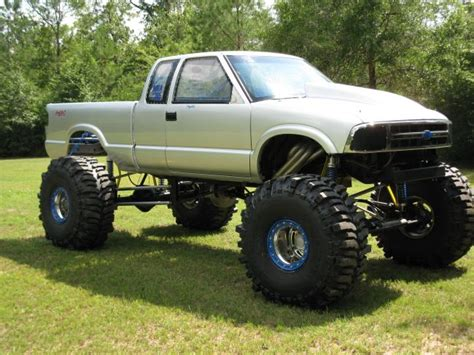 s10 mud truck s10 mud truck pictures to pin on pinsdaddy