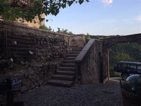 castel vasio castel vasio bewertungen fotos fondo italien