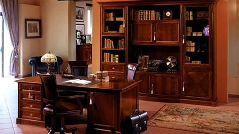 come avere un avvocato d ufficio stile arredo ufficio antico legno calore eleganza