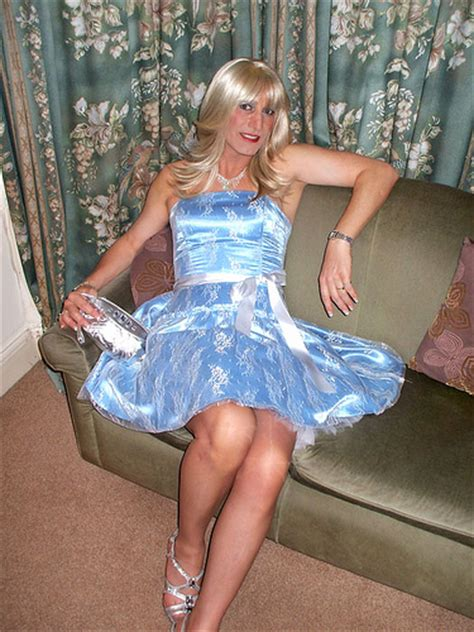 boy crossdress for prom prom dress on a boy pretty outfits i want pinterest