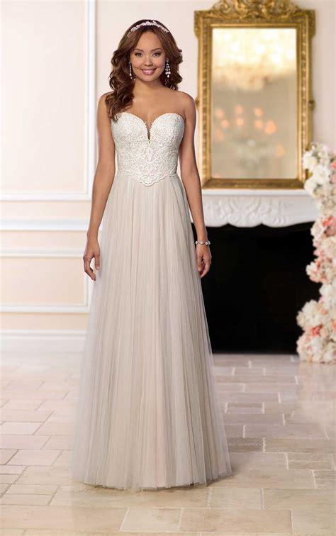 affordable wedding dress  french tulle stella york