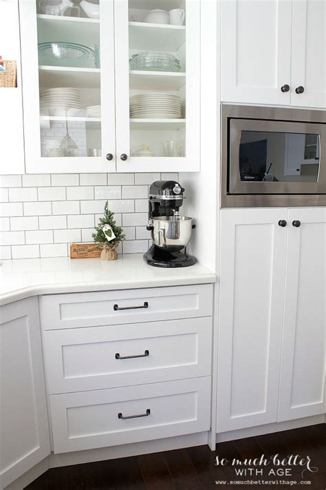 white cabinets with black hardware white kitchen cabinets with black hardware black