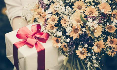 Wedding Gift Etiquette Uk wedding etiquette uk the dos and don ts of wedding gifts
