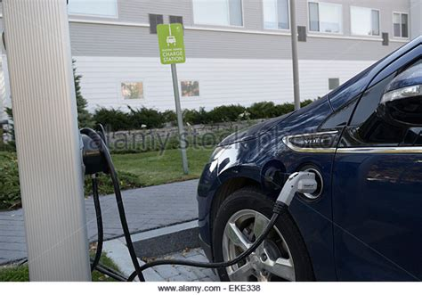 Electric Car Charging Station Parking Lot Electric Car Charging Stock Photos Electric Car Charging