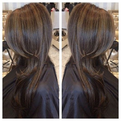 what color low lights look good with white grey hair 12 flattering dark brown hair with caramel highlights