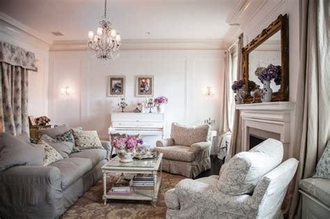 rachel ashwell home jessica simpson home shabby chic style living room