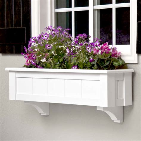 Composite Window Boxes - upgrade window boxes with decorative corbels