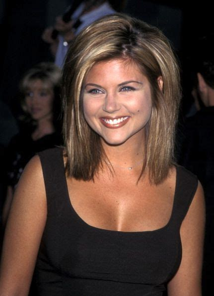 tiffani thiessen hairstyle pictures best 20 chinese bangs ideas on pinterest weave bob
