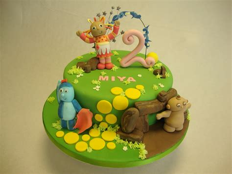 In The Night Garden Cake Ideas 67354 Find Cake Decoration In The Garden Cake Ideas