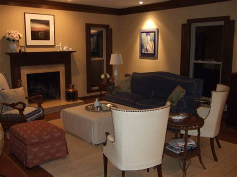 living room colors with brown trim