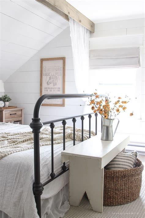 simple bedding 1000 ideas about painted iron beds on pinterest country