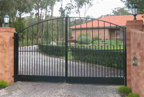 swinging gates for driveways driveway gates 2017 2018 best cars reviews