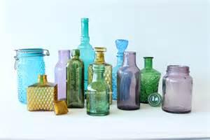 Vinbotjar coloured vintage bottles and jars