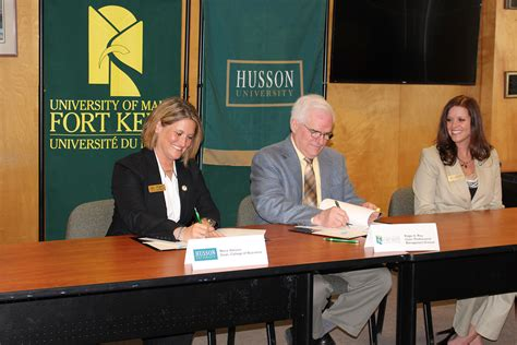 Husson Mba Courses by Husson And The Of Maine At Fort Kent