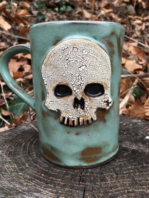 Keep Skulls Alive by 25 Best Ideas About Skulls On Pretty Skull