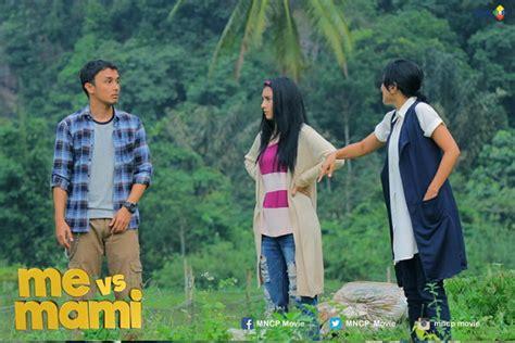 film baru tayang di bioskop me vs mami jadi film indonesia pertama tayang di bioskop