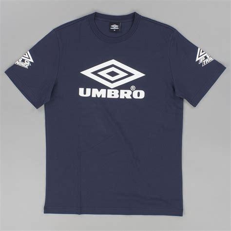 umbro t shirt pro classic coach crew t uaw14102 821