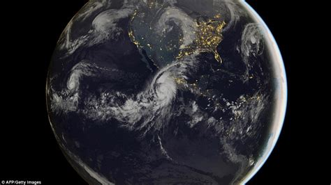 imagenes satelitales del huracán patricia monster hurricane patricia is downgraded to a category 4