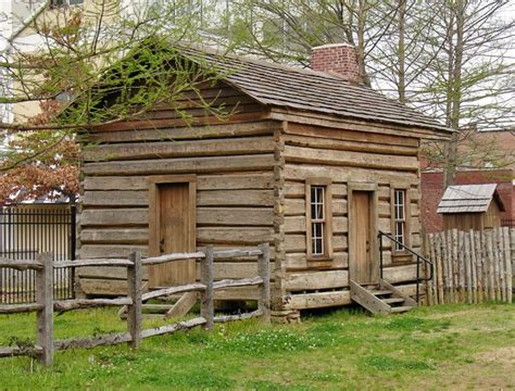 cabins ideas  pinterest small garden log cabins small cabins  rustic porches