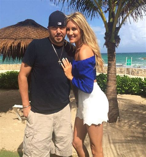 jason aldean and wife treat fans to candid q a country jason aldean wife brittany kerr dish out wedding