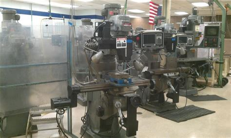 520 Machinery Used Bridgeport Ez Trak 3 Axis Bed Mill For