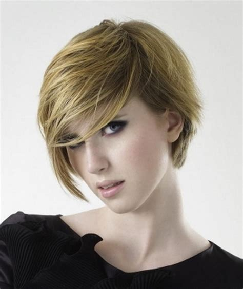 Wispy Hairstyles by Stacked Wispy Hairstyle Hairstylegalleries