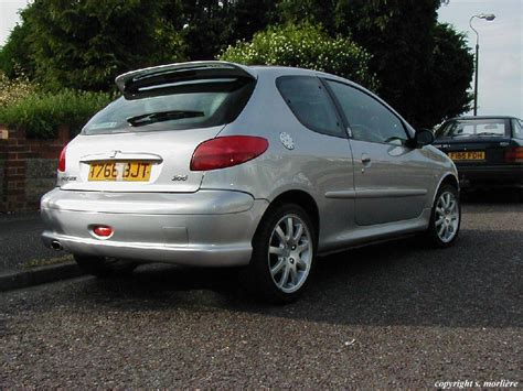 buy peugeot 206 peugeot 206 gt photos reviews specs buy car